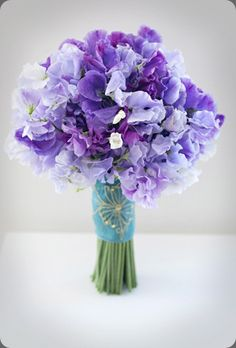 purple sweet pea bouquet