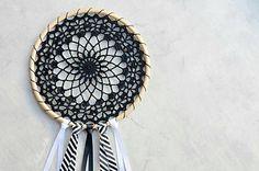 Dream_catcher__small2 Crochet Home, Crochet Gifts, Crochet Doilies, Crochet Yarn, Free Crochet, Ravelry Crochet, Crochet Round, Crochet Mandala Pattern, Doily Patterns