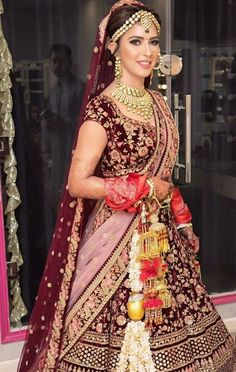 My signature bridal makeup👰🏻❤️ What do you guys think about it? Indian Bridal Outfits, Indian Bridal Lehenga, Indian Bridal Fashion, Indian Bridal Wear, Indian Dresses, Bridal Dresses, Indian Bridal Makeup, Indian Clothes, Indian Wear
