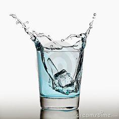 Eiswürfel im Wasserglas - Google-Suche