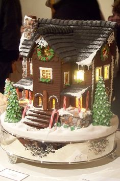 A gingerbread house ,decorated for the Christmas holidays. Christmas Gingerbread House, Noel Christmas, Christmas Goodies, Gingerbread Man, Christmas Treats, Christmas Baking, Gingerbread Cookies, Christmas Decorations, Xmas