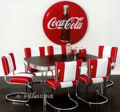 I would LOVE this Coca Cola table and chairs :)