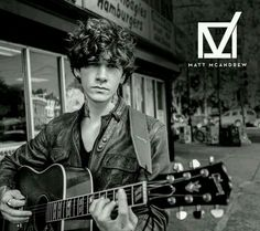 Imagen vía We Heart It #blackandwhite #Hot #nerd #sexy #thevoice #teamadam #perfect #mattmcandrew