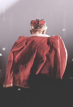 The king of happiness❤❤ 💙 Exo Chen, Park Chanyeol, Exo Concert, Xiu Min, Chanbaek, Chansoo, Kyungsoo, Parks, Kpop