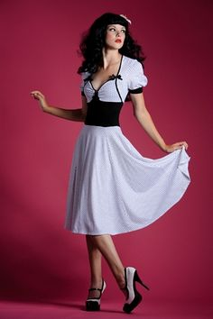 I love ANYTHING pinup style.