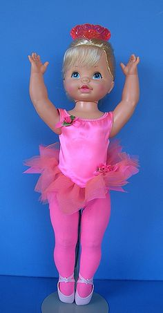 DANCERINA - the last doll I got for Christmas. I remember being too excited to sleep. My Childhood Memories, Childhood Toys, Madame Alexander, Mattel Dolls, Retro Toys, Hello Dolly, My Memory, Old Toys, The Good Old Days
