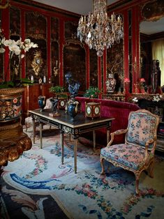 still life photography - Google Search Red Interiors, Beautiful Interiors, Elements Of Drama, Red Rooms, French Interior, Red Paint, Still Life Photography, Shades Of Red, Cool Furniture