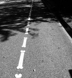 40 détournements de panneaux de signalisation #StreetArt