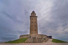 Torre de Hércules en A Coruña, España. Considerado como el faro más antiguo del mundo aún en uso.