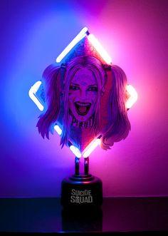 Our freestanding Harley Quinn neon table light
