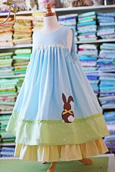 AAAAAH! Love it! Perhaps this will be the aster dress I'll sew for my girls