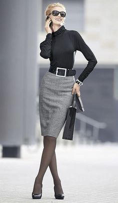 Fitted turtle and pencil skirt in classic plaid