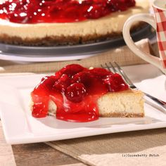 Gooseberry Patch Recipes: White Chocolate-Strawberry Cheesecake from Slow Cooker to the Rescue Cookbook