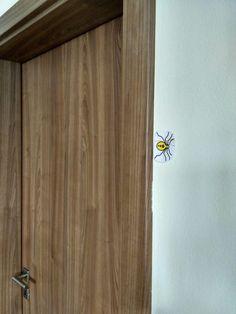 5 jarních aktivit s hmyzem - Kuncicka.cz Door Handles, Furniture, Home Decor, Door Knobs, Decoration Home, Room Decor, Home Furnishings, Home Interior Design, Home Decoration