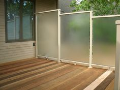 http://www.aaaaluminumproducts.com/album/images/AAA-Aluminum-Outdoor-Privacy-Walls.jpg