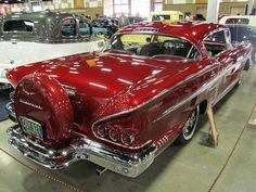 Vintage Cars Classic 58 Impala with continental kit Rat Rods, Vintage Cars, Antique Cars, Antique Trucks, Moto Design, Old School Cars, Old Classic Cars, Chevrolet Impala, 1957 Chevrolet