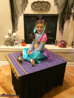 Audrey: Who wouldn't want to go on a magic carpet ride?! When my 5 year old daughter, Sophie, told me she wanted to be a genie, I knew I had to...