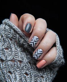 Geometric Skittlette #nails