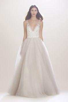 Veja as 12 propostas da marca e inspire-se nestas sugestões para um vestido de sonho...