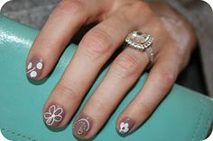 Love these nails...wonder if I can pull this off?...