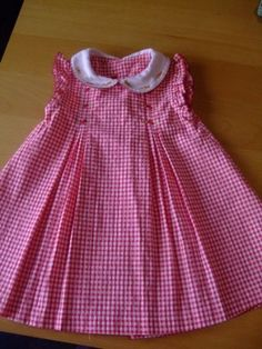 New Fashion Infant Baby Summer Ideen - Kindermode 2020 Frocks For Girls, Dresses Kids Girl, Little Dresses, Kids Outfits, Girls Frock Design, Baby Dress Design, Baby Frocks Designs, Kids Frocks Design, Baby Dress Patterns