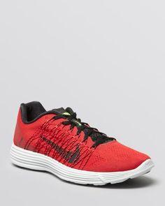 NIKE Lunaracer +3 Sneakers. #nike #shoes #sneakers
