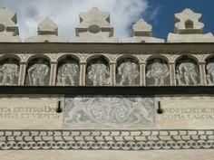 kastiel fricovce 1912 - Hľadať Googlom Louvre, Building, Travel, Viajes, Buildings, Destinations, Traveling, Trips, Construction