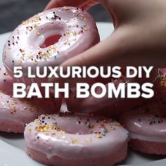 5 Luxurious DIY Bath Bombs #bathroom #bathbomb #creative #food