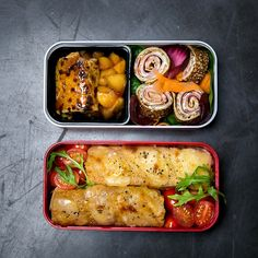 Eat wherever you want with monbento! Take lunches and snacks along everywhere with bento/lunch boxes and accessories both elegant and handy. Bento Recipes, Bento Ideas, Lunch Ideas, Crepes Party, Portable Snacks, Savory Muffins, Salad In A Jar, Bento Box Lunch, Quick Recipes