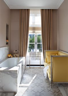 Settee in the bath