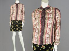 Vintage 70s Dagger Collar Blouse Womens Shirt by ZeusVintage