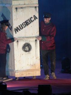 l'esordio del Museica Tour 2- 2015 Caparezza