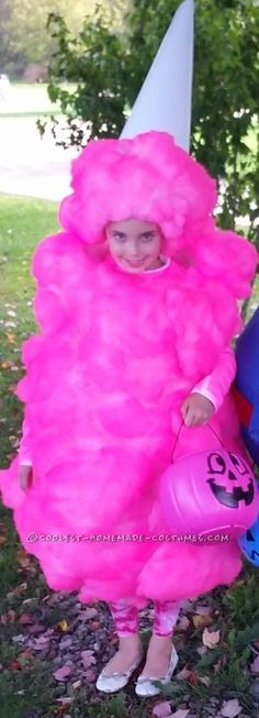 This is my 7 year old daughter she wanted to be her favorite treat for our Halloween day at our campground so I hand made this Pink Cotton Candy costume. Best Kids Costumes, Mom Costumes, Candy Costumes, Homemade Costumes, Costume Ideas, Cotton Candy Halloween Costume, Halloween Costumes For 3, Halloween Crafts, Pink Halloween