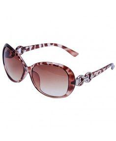1003541e5eb7 VIVIENFANG 80 s Retro Horned Rim Black Frame Polarized Wayfarer Sunglasses  P1833B Colorful Lens at Iambcoolin Women s