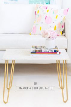 25 On-the-Cheap DIY Ideas to Make Your Living Room Look Expensive A DIY marble and gold accent table from Sugar & Cloth. Cheap Home Decor, Diy Home Decor, Room Decor, Design Furniture, Diy Furniture, Furniture Refinishing, Plywood Furniture, Chair Design, Diy Interior