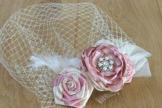 bridal hair fascinator pink dusty pink ivory champagne sarin rose hair clip headpiece vintage style hair piece wedding hait style rhinestones pearls crystals