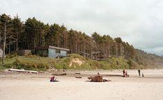 Cannon Beach home with glass facade on the beach