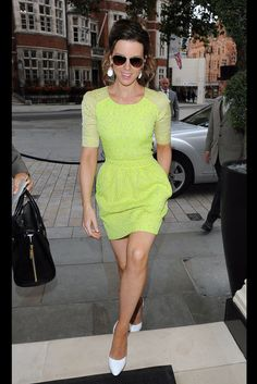 Kate Beckinsale neon yellow