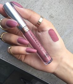 Imagem de nails, makeup, and lipstick