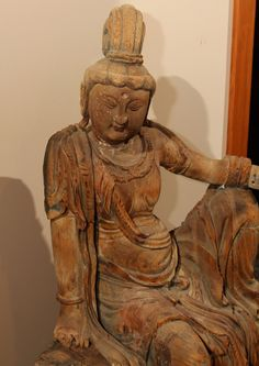 Antique Sculptures For Sale at Sculptures For Sale, Guanyin, Carved Wood, Wood Sculpture, Japanese Art, Art Forms, Cool Furniture, Vintage Shops, Temple