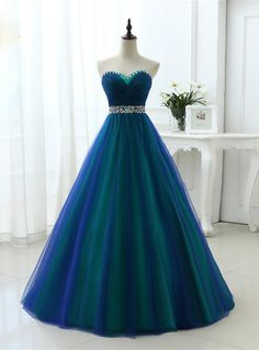 A Line Sexy Sweetheart Soft Tulle Long Prom Dresses With Crystal Silhouette:a-line Hemline:floor length Neckline:sweetheart Fabric:tulle Sleeve Style:sleeveless Color:blue Back Style:zlace up Embellishment:beading sequins Pretty Prom Dresses, Homecoming Dresses, Dress Prom, Sweetheart Prom Dress, Party Dress, Diy Prom Dresses, Most Beautiful Dresses, Chiffon Dresses, Barbie Dress