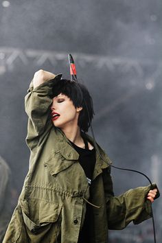 Alice Glass | Crystal Castles