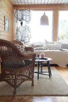 summer cottage hunajaista interior decoration finnish home