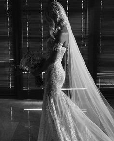 All gowns posted by d'Italia on social media were made by d'Italia's dedicated couturiers using d'Italia's beautiful fabric ❤️ Find out how at: www.ditalia.com.au/weddings / 9509 4633 / Melbourne / #weddingdress #bride #brides #couture #bridalinspiration #lace #ditaliafabric #bespoke #frenchlace #silk