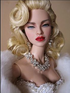 Tonner Deanna Denton repainted to resemble MADONNA