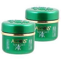 Kem dưỡng trắng da toàn thân  Aloins Eaude Cream S: là loại kem dưỡng da nhật  có tác dụng nuôi dưỡng làn da sáng mịn, tạo độ ẩm sâu cho da. cung cấp những dưỡng chất cần thiết cho 1 làn da khoẻ mạnh, tươi trẻ, mịn màng như ý.