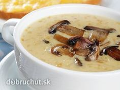 Enjoy all soups, but whole mushroom soup is the favorite. So delicious with toasted garlic bread. Creamed Mushrooms, Stuffed Mushrooms, Stuffed Peppers, Soup Stock Image, Food Network Recipes, Food Processor Recipes, A Food, Food And Drink, Mushroom Soup Recipes