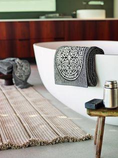 Serving Bowls, Branding Design, Tableware, Home, Homes, Dinnerware, Tablewares, Ad Home, Corporate Design