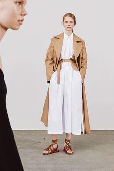 Jil Sander Resort 2018 Fashion Show Collection