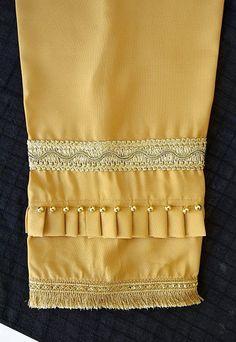 garmiyo k liye design latest design salwar poncha design with Kurti Sleeves Design, Kurti Neck Designs, Kurti Designs Party Wear, Sleeve Designs, Dress Design Patterns, Fancy Dress Design, Stylish Dress Designs, Neck Designs For Suits, Sleeves Designs For Dresses